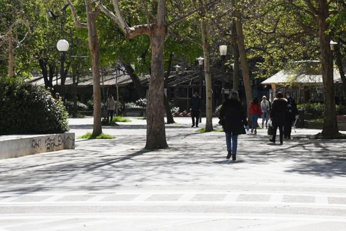 Μεγαλύτερη η κίνηση σήμερα Τρίτη στο κέντρο της Λάρισας – Δείτε φωτογραφίες