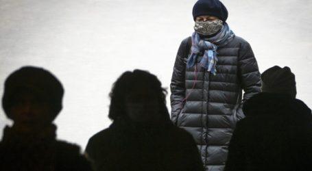 Μόνο στα φαρμακεία και όχι πάνω από 10 καπίκια οι μάσκες στη Ρωσία