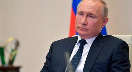 Σε εκτιμήσεις ειδικών βασίζονται οι προβλέψεις του Πούτιν για την πορεία της πανδημίας