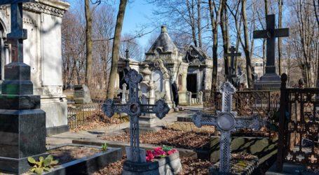 Κλείνουν προσωρινά για τους επισκέπτες τα νεκροταφεία της Μόσχας