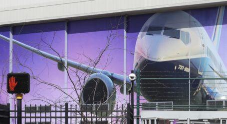 Η Boeing μελετά σχέδιο μείωσης του προσωπικού της κατά 10%