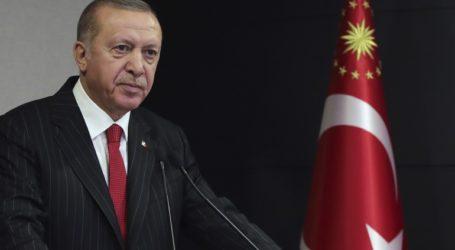 Ο Ερντογάν δεν αποδέχεται την παραίτηση του υπουργού Εσωτερικών
