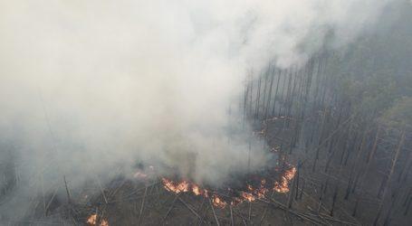 H πυρκαγιά που μαίνεται κοντά στο Τσερνόμπιλ προκαλεί κίνδυνο ραδιενεργού ακτινοβολίας, δηλώνει η Greenpeace