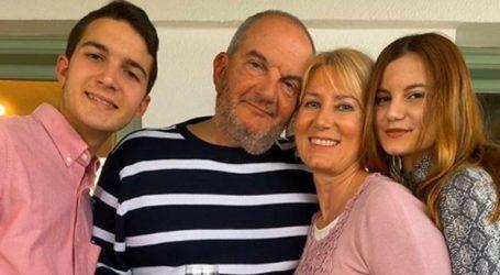 Αγνώριστος ο Κώστας Καραμανλής: Αδυνατισμένος και με γενειάδα