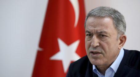O Τούρκος υπουργός Άμυνας κατηγόρησε την Ελλάδα ότι παραβιάζει τις διεθνείς συνθήκες