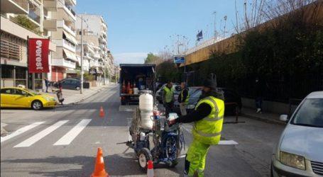 Επαναδιαγράμμιση εκατοντάδων διαβάσεων πεζών από τον Δήμο Αθηναίων