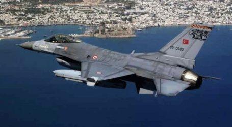 Τουρκικά αεροσκάφη πέταξαν παράνομα πάνω από δύο ελληνικά νησιά