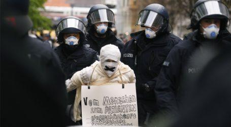 Covid-19: Συλλήψεις διαδηλωτών στο Βερολίνο