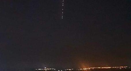 Παράξενα φωτεινά αντικείμενα στον ουρανό του Βόλου αναστάτωσαν τους κατοίκους – Δείτε τι ήταν