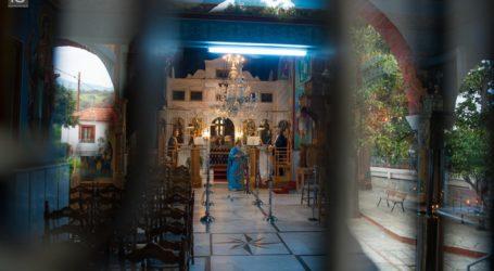 Βόλος: Χωρίς πιστούς η Κυριακή των Βαΐων στις εκκλησίες – Πρωτόγνωρες εικόνες