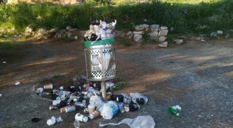 Χωματερή το πάρκο του Αναύρου από τις βόλτες της καραντίνας – Δείτε εικόνες
