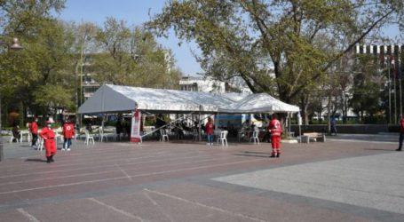 Παρατείνεται η υπαίθρια αιμοδοσία στη Κεντρική Πλατεία Λάρισας