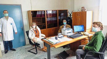 Ενημέρωση της Ζέττας Μακρή από γιατρούς και νοσηλευτές για τις ανάγκες και τα προβλήματα που αντιμετωπίζουν εν μέσω κορωνοϊού [εικόνες]