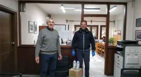 Εταιρεία γαλακτοκομικών δώρισε υγειονομικό υλικό στο δήμο Τεμπών
