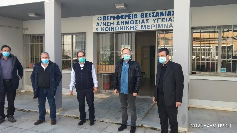 Κλιμάκιο γιατρών στη Νέα Σμύρνη για ιχνηλάτηση των στενών επαφών του 32χρονου Ρομά (φωτό)