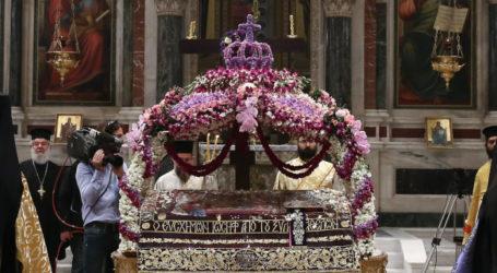 Προβληματισμός για τον Επιτάφιο -Φόβοι για συνωστισμό τη Μ. Παρασκευή στις εκκλησίες