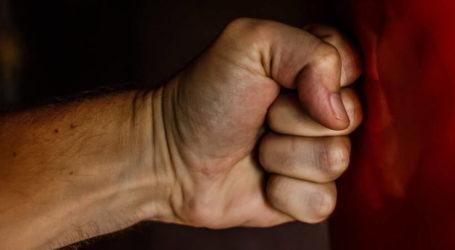 Ομαδική επίθεση σε 19χρονο στη Λάρισα – Πέντε άτομα «μπούκαραν» στο σπίτι του και τον χτύπησαν