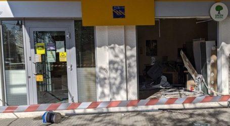 Βρήκαν στον Τύρναβο διαλυμένο το ΑΤΜ που εκλάπη από τράπεζα στον Αμπελώνα
