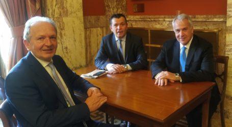 Συνάντηση Χρ. Μπουκώρου και Αθ. Λιούπημε τον Υπουργό Αγροτικής Ανάπτυξης και Τροφίμωνγια τις ζημιές στις καλλιέργειες του Ανατολικού Πηλίου