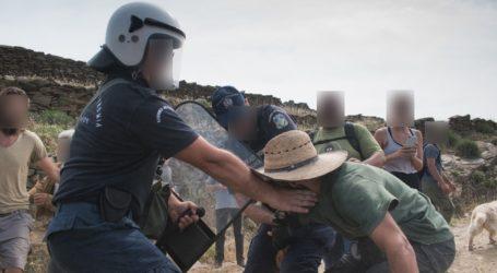 Συμπλοκές ΜΑΤ-κατοίκων στην Τήνο για την εγκατάσταση ανεμογεννητριών