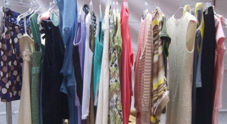 Πώς θα δοκιμάζουμε ρούχα – Τι μέτρα προστασίας παίρνουν τα καταστήματα