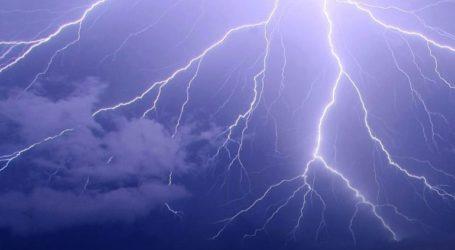 Επιδείνωση του καιρού και έντονη κεραυνική δραστηριότητα στη Βόρεια Ελλάδα
