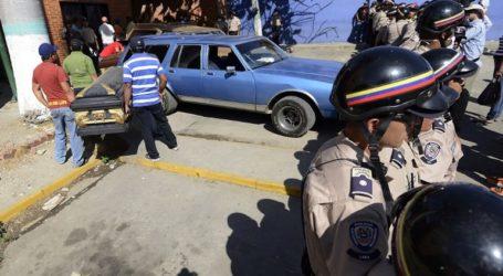 Τουλάχιστον 46 νεκροί σε εξέγερση φυλακισμένων