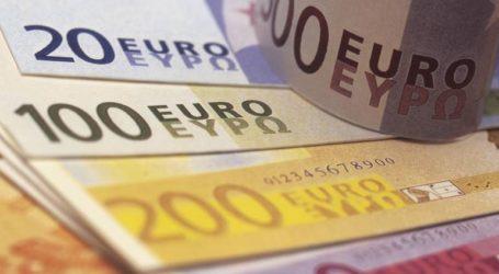 Σχεδόν αμετάβλητα τα επιτόκια νέων καταθέσεων, μειωμένα των νέων δανείων τον Μάρτιο