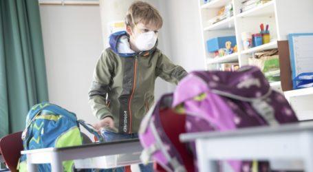 Δύο σχολεία στην Γερμανία έκλεισαν και πάλι λόγω κορωνοϊού