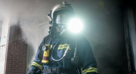 Πυρκαγιά σε βιοτεχνία στα Σπάτα