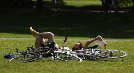 Η κυβέρνηση προτρέπει τους πολίτες να πάρουν τα ποδήλατά τους όταν αρθεί η καραντίνα