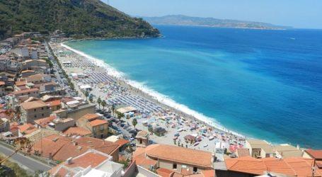 Σχέδιο για επιστροφή στις παραλίες αλλά με κανόνες
