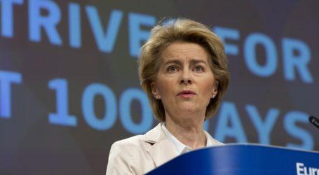 Ούρσουλα φον ντερ Λάιεν: Ετοιμάζεται πακέτο ανάκαμψης της οικονομίας