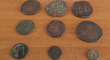 Συνελήφθη αρχαιοκάπηλος στον Άλιμο – Είχε στην κατοχή του εκατοντάδες αρχαία νομίσματα