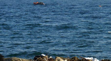 Βάρκα με 36 πρόσφυγες και μετανάστες έφτασε σε παραλία του νησιού
