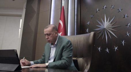 Ο Ερντογάν με την πλάτη στον τοίχο εξαιτίας της ύφεσης με την οποία βρίσκεται αντιμέτωπη η χώρα του