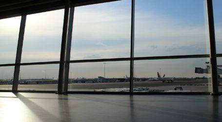 Τα μέτρα μέσα στα αεροσκάφη και οι απαγορεύσεις