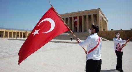 Η Τουρκία προχωρεί σε νέα φάση ελέγχων για τον κορωνοϊό αναλόγως επαγγελμάτων και ηλικιακών ομάδων