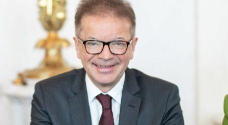 Οι Αυστριακοί στην πλειονότητά τους θέλουν να εμβολιαστούν κατά του νέου κορωνοϊού