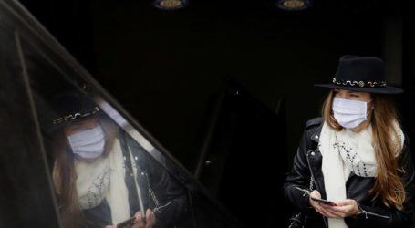 Η Γαλλία θα επιτρέψει εκ νέου τις θρησκευτικές συναθροίσεις, αλλά με χρήση μάσκας από τους πιστούς