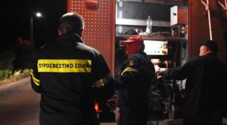 Πυρκαγιά σε υπαίθριο χώρο στη Γλυφάδα