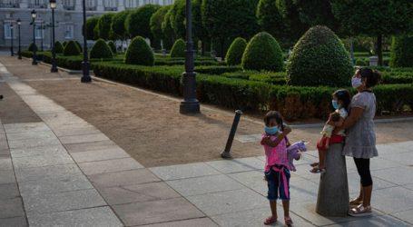 Ανοίγουν από σήμερα πάρκα και ταράτσες