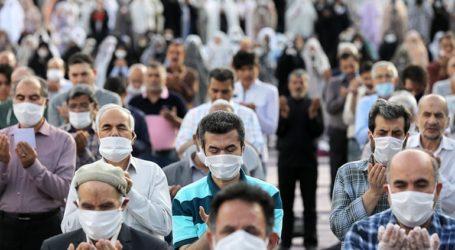 Τα εστιατόρια ανοίγουν εκ νέου στο Ιράν, όπου οι νεκροί ξεπερνούν τις 7.500