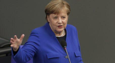 Η Μέρκελ προτρέπει την κοινοβουλευτική ομάδα των Χριστιανοδημοκρατών να υποστηρίξει τα πρόγραμμα ανάκαμψης της ΕΕ