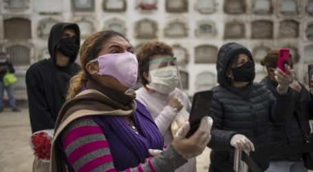 5.772 κρούσματα μόλυνσης από τον κορωνοϊό σε 24 ώρες