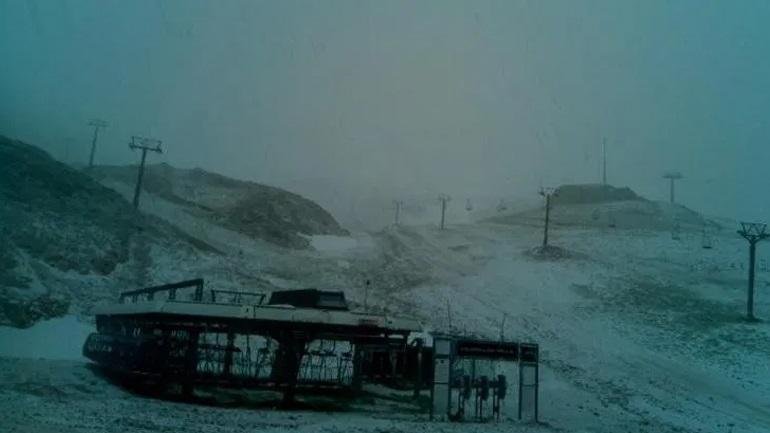 Χιόνισε στον Παρνασσό - TheNewspaper.gr