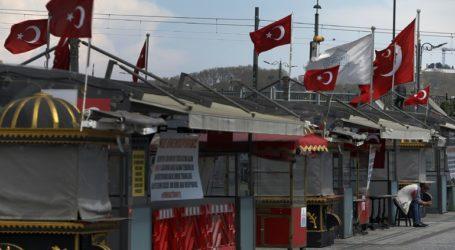 Η Τουρκία ανοίγει προσεκτικά μετά την απαγόρευση της εορταστικής περιόδου