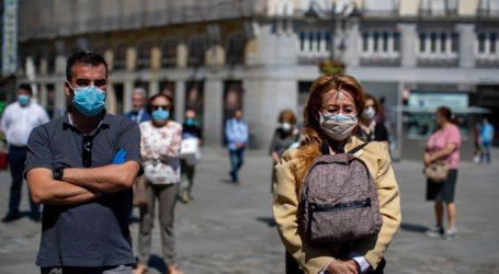 Άρση της καραντίνας για τους επισκέπτες από χώρες της ΕΕ