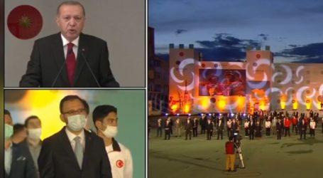 Δείτε τη φιέστα Ερντογάν για την Άλωση της Κωνσταντινούπολης