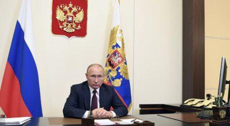 Ο Πούτιν ενέκρινε τη νέα Στρατηγική κατά του εξτρεμισμού